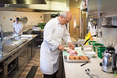 Momentaufnahme Küche Alterszentrum