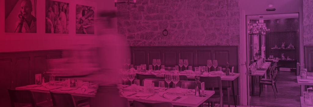 Headerbild Partnerbetriebe Restaurant und Kellnerin