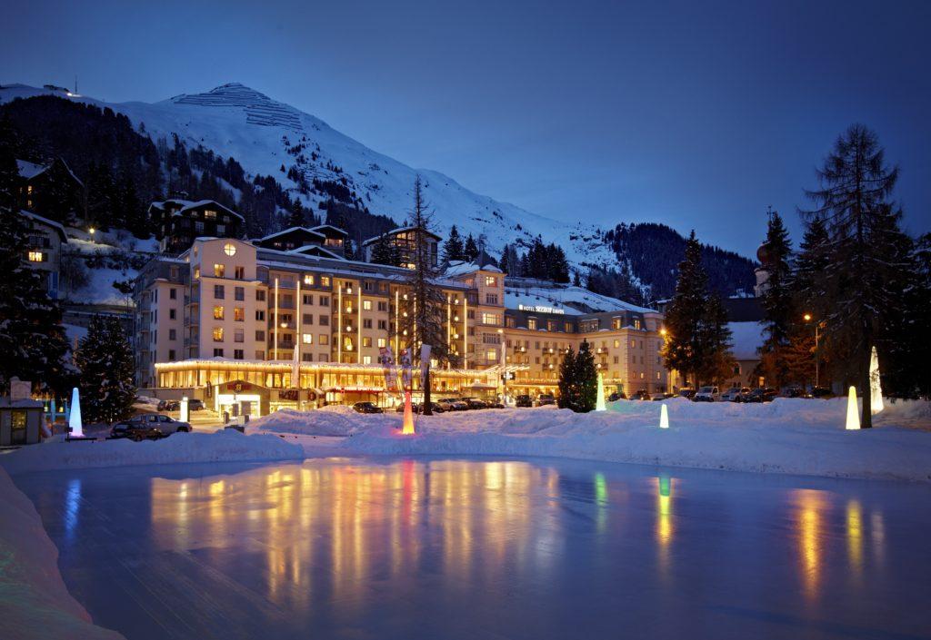 Aussenansicht Hotel Seehof im Winter