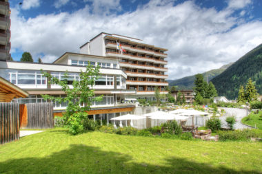 Sunstar Alpine Hotel Davos Aussenansicht