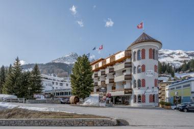 Turmhotel Victoria Davos Aussenansicht